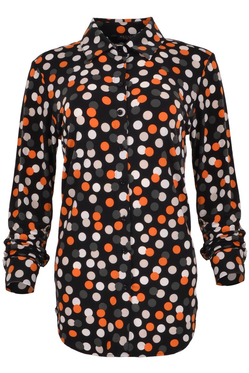 Getailleerde blouse met lange mouw in diverse prints.