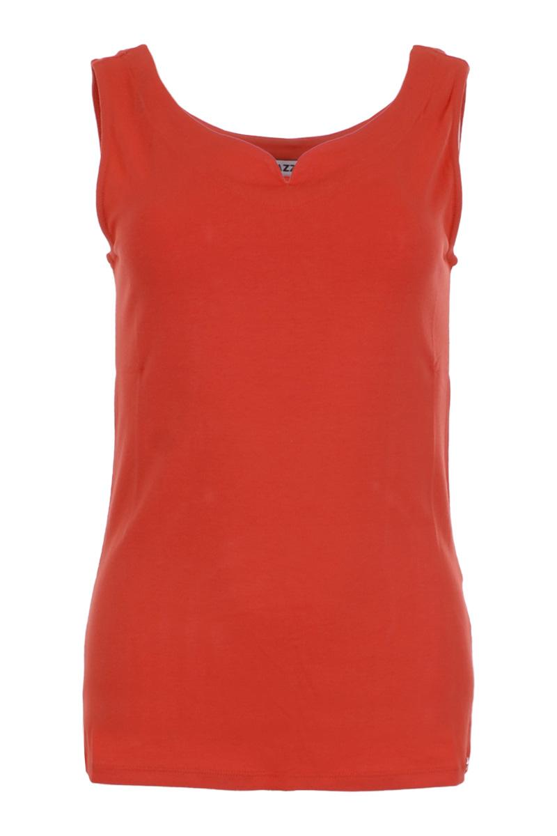 Top Tanvi (Summer 2021) is een comfortabele top van Viscose Lycra kwaliteit. De top heeft een elegante uitgesneden halslijn afgewerkt met een halsbord. Tanvi heeft een licht getailleerd model zonder mouwen. Top Tanvi valt normaal qua maat en is te verkrijgen in het Soft Pink, White, Black, Sand, Navy, Seagreen, Strawberry en Offwhite.    <ul> <li>Mouwloos</li> <li>Uitgesneden hals</li> <li>Halsboord</li> <li>Valt normaal qua maat</li> <li>Model Tanvi</li> <li>Zomercollectie 2021</li> <li>Viscose Lycra kwaliteit</li> <li>Verkrijgbaar in het Soft Pink, White, Black, Sand, Navy, Seagreen, Strawberry en Offwhite.</li> </ul>